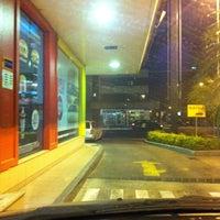 Foto tirada no(a) McDonald's por Willian S. em 3/2/2013