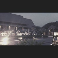 Photo taken at Garden Cliff Resort & Spa by Nutz K. on 10/16/2012