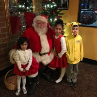 Photo taken at The Old Spaghetti Factory by Rolando N. on 12/7/2016