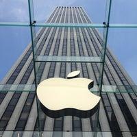 Das Foto wurde bei Apple Fifth Avenue von Monika K. am 5/29/2013 aufgenommen
