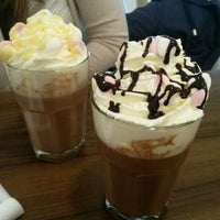 Photo taken at Ahoy! Hot & Iced Chocolate, Lemonade, Waffle, Smoothie by Amy on 3/12/2015