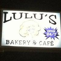 Photo taken at Lulu's Bakery & Cafe by Ebbie A. on 6/29/2013