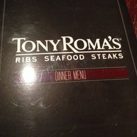 Photo taken at Tony Roma's: Ribs, Seafood & Steaks by Jose D. on 9/13/2013