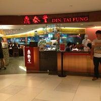 Photo taken at Din Tai Fung by John T. on 6/22/2013