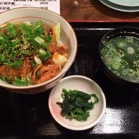 Photo taken at ホルモン・もつ鍋 とんちゃん by Yoshiyuki K. on 2/14/2014