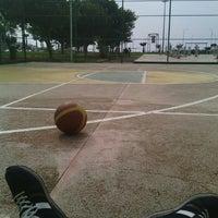 Photo taken at İskenderun Sahil Basketbol Sahası by Yiğitcan D. on 3/19/2016