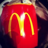 Photo prise au McDonald's par Keeden G. le10/14/2012
