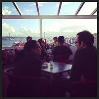 5/18/2013에 Andrea S.님이 Noobai Café에서 찍은 사진