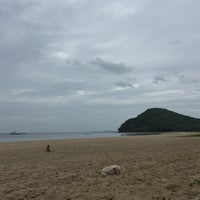 Photo taken at Tung Wua Laen Beach by Teay トゥーイ Z. on 7/30/2018