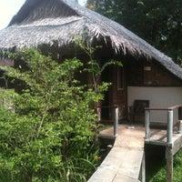 Photo taken at Mook Lanta Eco Resort by Teay トゥーイ Z. on 2/2/2013