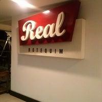 Foto tirada no(a) Real Botequim por Rogger C. em 11/3/2012