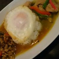 6/6/2015 tarihinde nyarome m.ziyaretçi tarafından 立川タイ料理レストラン バーンチャーン'de çekilen fotoğraf