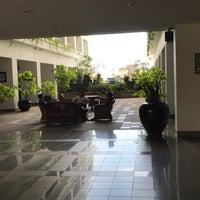 Photo taken at Pattaya Hill Resort by Howard C. on 1/3/2017