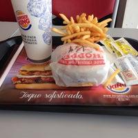 Foto tomada en Burger King por Matu F. el 9/20/2013