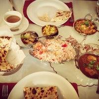 Das Foto wurde bei India Quality Restaurant von Jane P. am 5/15/2013 aufgenommen