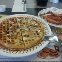 Photo taken at Waffle House by Joseph O. on 12/11/2013
