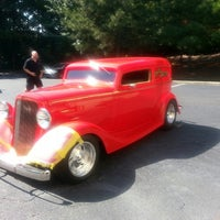 Photo taken at America's Best Automotive by Mark H. on 10/7/2013