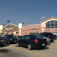 Снимок сделан в Walmart Supercenter пользователем Lina 6/15/2013