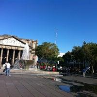 Foto tomada en Plaza de La Liberación por Yashiira &. el 2/2/2013