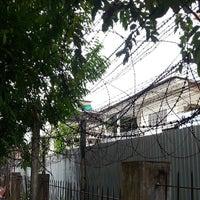Photo taken at Tuol Sleng Genocide Museum by Poomjit S. on 7/10/2013