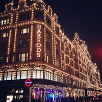 Photo taken at Harrods by Paulo B. on 11/7/2013