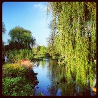 Photo prise au Queen Mary's Gardens par Paulo B. le5/19/2013