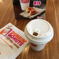 Photo taken at Dunkin' Donuts by majeed b. on 1/28/2017