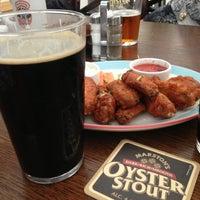Снимок сделан в Fuller's Pub пользователем Kennus 6/11/2013