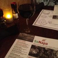 Photo prise au SoNapa Grille par Missy W. le11/30/2012