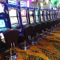 รูปภาพถ่ายที่ Viva Casino โดย Işıl F. เมื่อ 1/20/2013