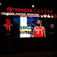 4/25/2013 tarihinde Johnny L.ziyaretçi tarafından Toyota Center'de çekilen fotoğraf