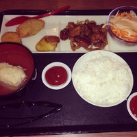 Photo taken at Hoka Hoka Bento by Adriel T. on 1/7/2014