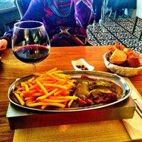 12/22/2012 tarihinde Demir A.ziyaretçi tarafından %100 Rest Cafe & More'de çekilen fotoğraf