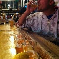 Foto diambil di Lost Coast Brewery oleh Radi pada 9/30/2012
