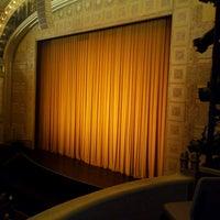 Снимок сделан в Auditorium Theatre пользователем Brandon W. 3/14/2013