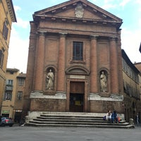 Photo taken at Piazza Tolomei by Srp Y. on 11/10/2016