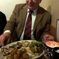 Photo prise au Café Istanbul Bistro par Erhan U. le1/15/2018