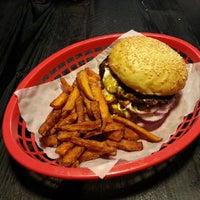 Das Foto wurde bei Burgers Berlin von Chris am 9/30/2013 aufgenommen