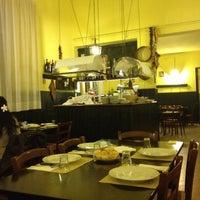 10/26/2012에 Roberto B.님이 La Cantina di Via Firenze에서 찍은 사진