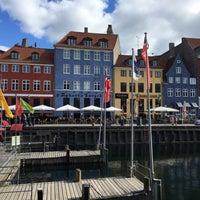 Photo taken at Copenhagen Citysightseeing by Art L. on 7/10/2017