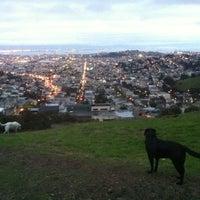 Снимок сделан в Tank Hill Park пользователем Jaclyn K. 11/18/2012