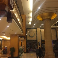 Photo taken at Da Cheng Shanshui Hotel by King L. on 12/6/2017