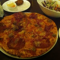 Photo taken at California Pizza Kitchen | 詞碧閣西餐厅 by King L. on 12/31/2012
