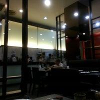 Photo taken at อาหารจีนเหม็ง by THANYATHORN T. on 5/14/2013