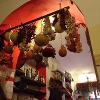Foto scattata a Rosso Piccante da Isabella P. il 3/27/2015