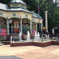 6/23/2013 tarihinde Annie S.ziyaretçi tarafından Six Flags Over Georgia'de çekilen fotoğraf
