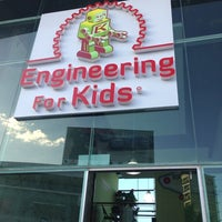 Photo taken at Engineering For Kids by Fausto T. on 10/13/2013