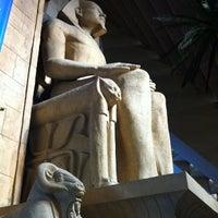 1/20/2013 tarihinde Diane M.ziyaretçi tarafından Luxor Hotel & Casino'de çekilen fotoğraf