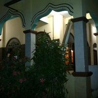 Photo taken at Masjid Jami' AL-HIDAYAH Sadang by Bhetz R. on 7/20/2013