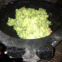 Foto tirada no(a) Two Lizards Mexican Bar & Grill por Kevin P. em 5/16/2013